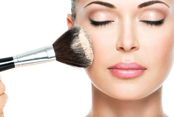 Los imprescindibles para tu maquillaje diario